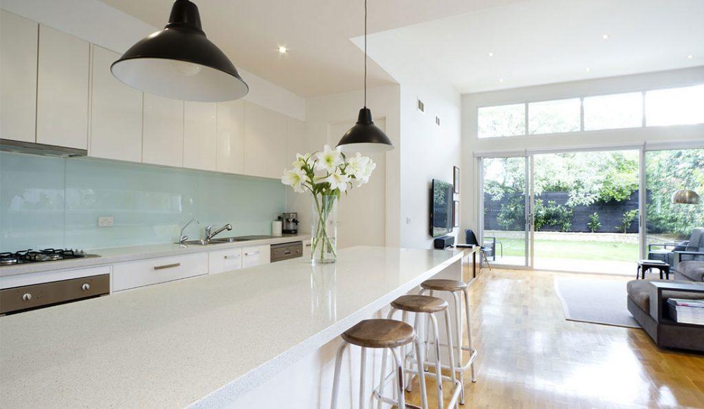 Küchenrückwandverglasung_Robertz_GmbH-1